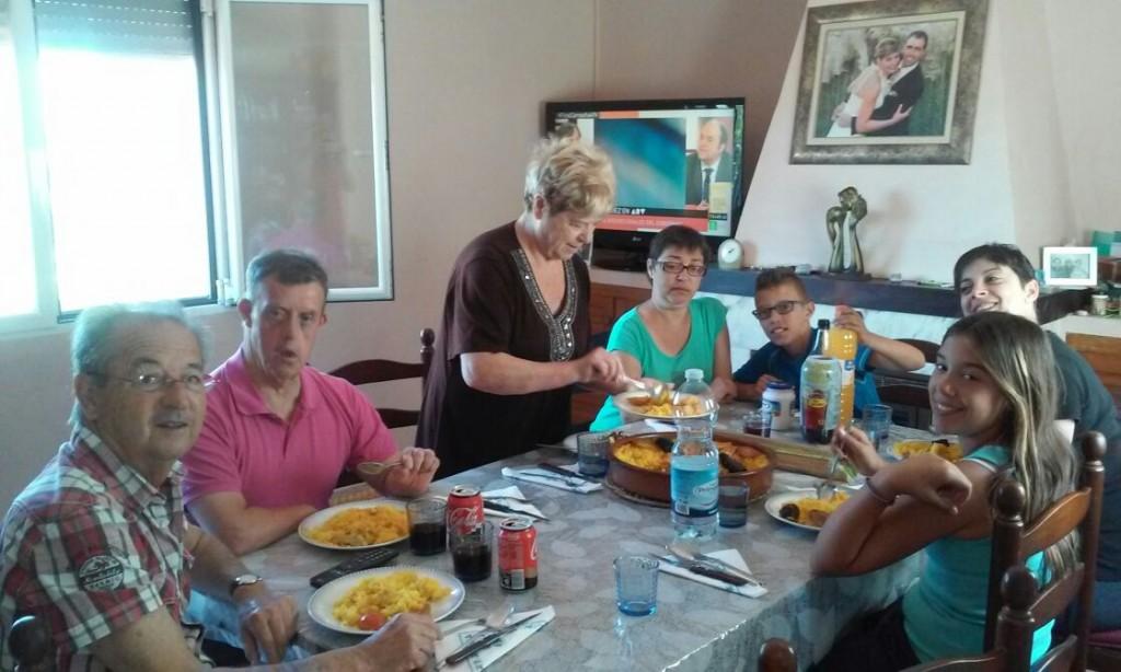 Salva en su visita familiar, dentro del proyecto Tejiendo Redes de San Rafael.